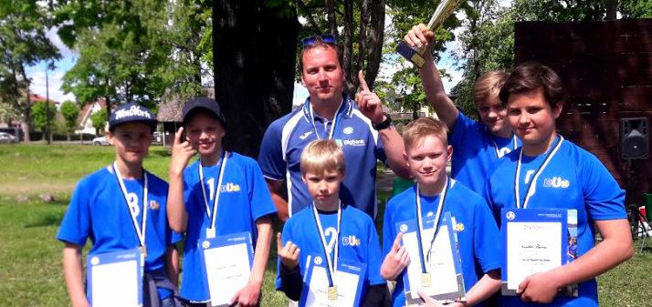 U-14 poisid tulid Eesti meistriks, tüdrukud finaalturniiril!